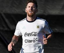 Argentina president, Maradona urge Messi to reconsider international retirement