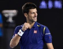 Djokovic eases to third round of Paris Masters