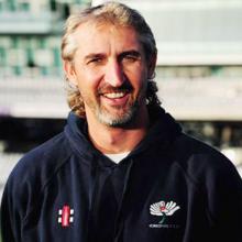 Gillespie backs Cummins to be Australia's x-factor in Ranchi Test
