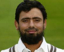 England 'hires' Saqlain Mushtaq as new spin coach
