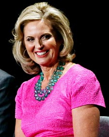 Ann Romney dons $1,690 pink Oscar de la Renta dress to presidential debate