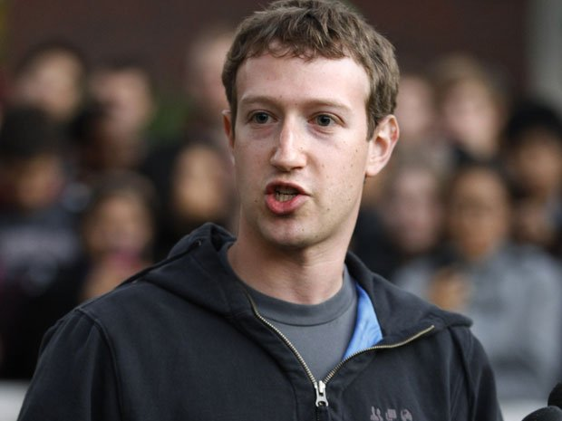Facebook CEO commits to lock his stock for 12 months