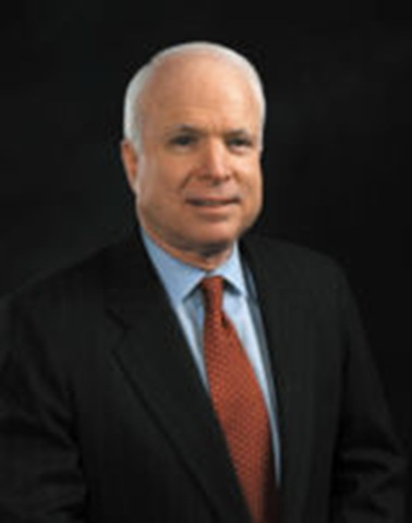Former US candidate McCain in Vietnam, calls for military ties