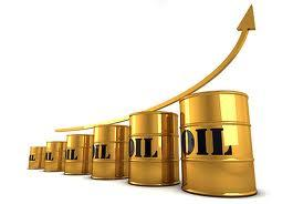 Цена на нефть взлетела выше 120 долларов за баррель
