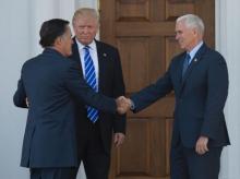 Donald Trump meets Mitt Romney in get-together
